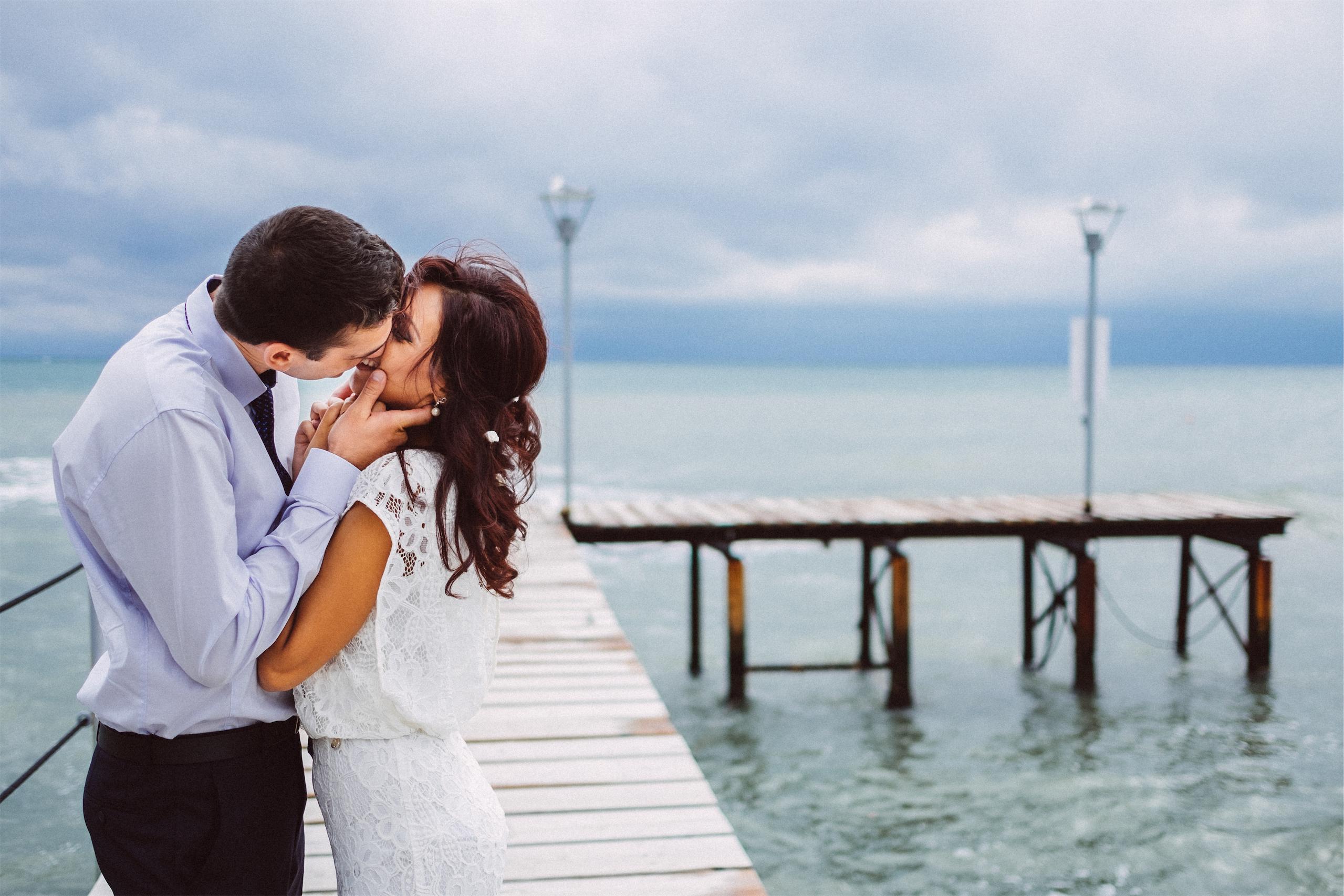Сватбена фотосесия от фотограф от Варна